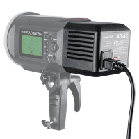 Godox_AD_DC_Adapter_AD_600_an_Blitz_mit_Display.png