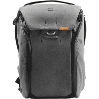 Everyday_Backpack_Fotorucksack_20L_v2_grau_charcoal_BEDB_20_CH_2_a.png