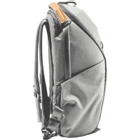 Everyday_Backpack_Fotorucksack_20L_v2_ZIP_ash_BEDZ_20_AS_2_schraeg_a.png