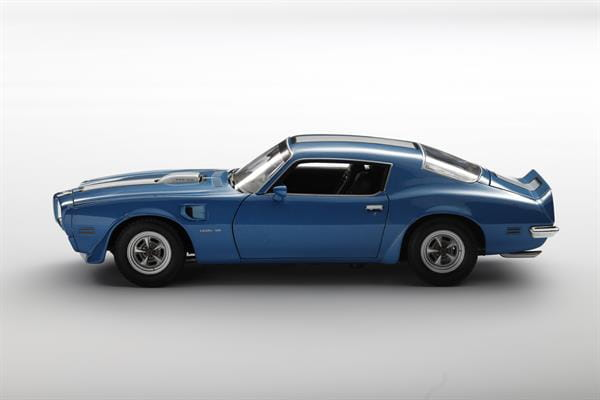 Welly_1972_Pontiac_Firebird_Trans_Am_blau_118_2.jpg