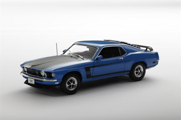 Welly_1969_Ford_Mustang_blau_118_3.jpg