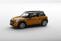 Welly_New_Mini_Hatch_Gelb_118_1.jpg
